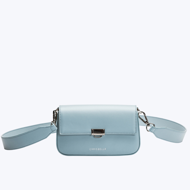 Simple crossbody with a wide strap